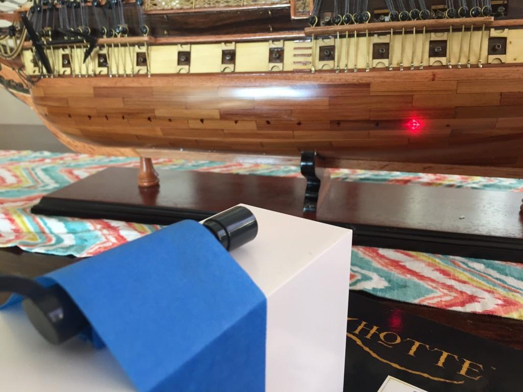Laser target to mark hull